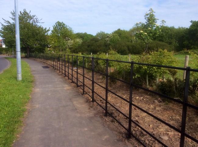 Estate fencing